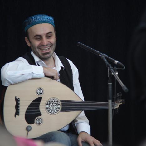 https://karibuni-online.de/wp-content/uploads/2015/08/Ahmet-Bektaş.jpg